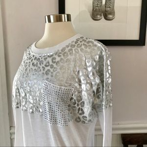 VS PINK white & silver leopard print oversized top